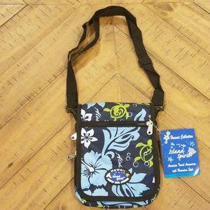 🆕️ NWT. Hawaiian Collection Crossbody Bag